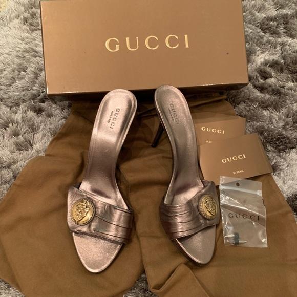 27e9c7e67f0 Authentic Vintage Gucci Heels